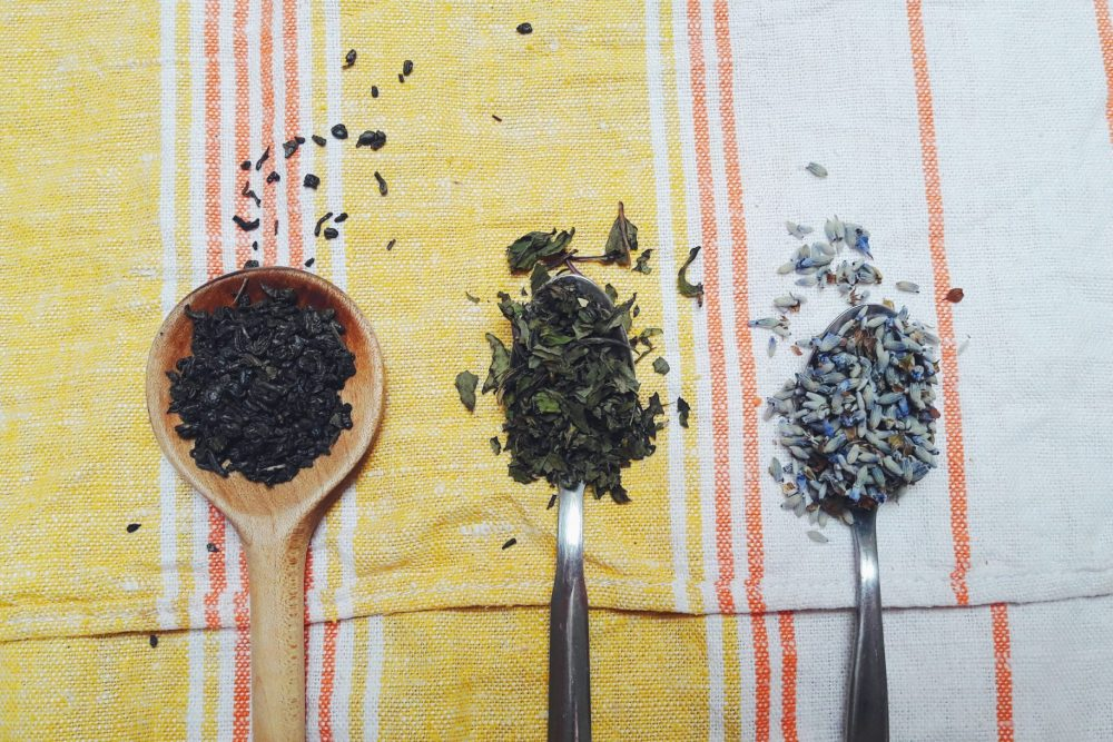 how to make homemade herbal tea