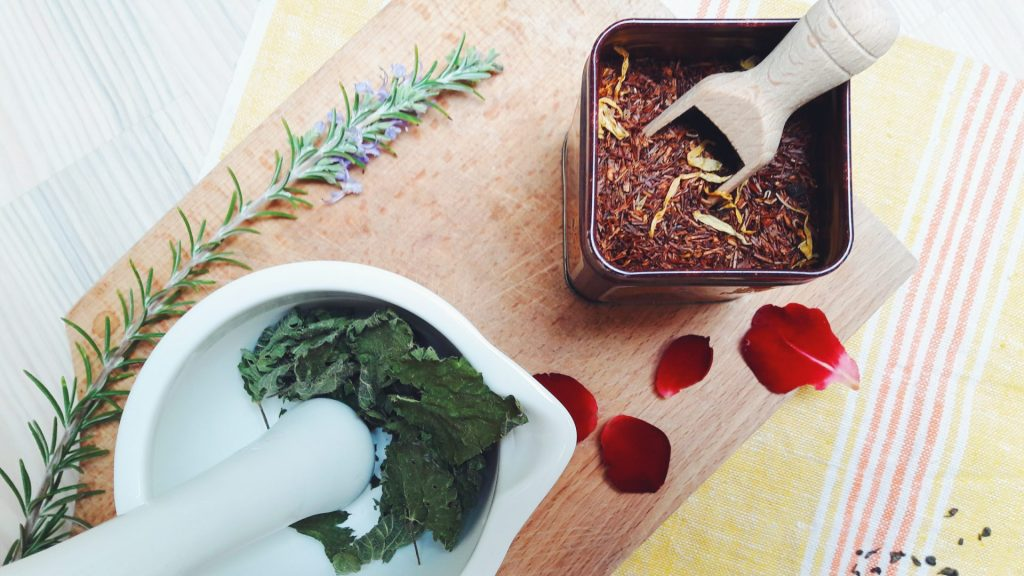 dried herbs and herbal teas diy