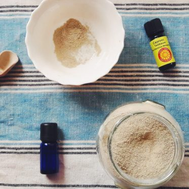 bentonite clay mask for acne