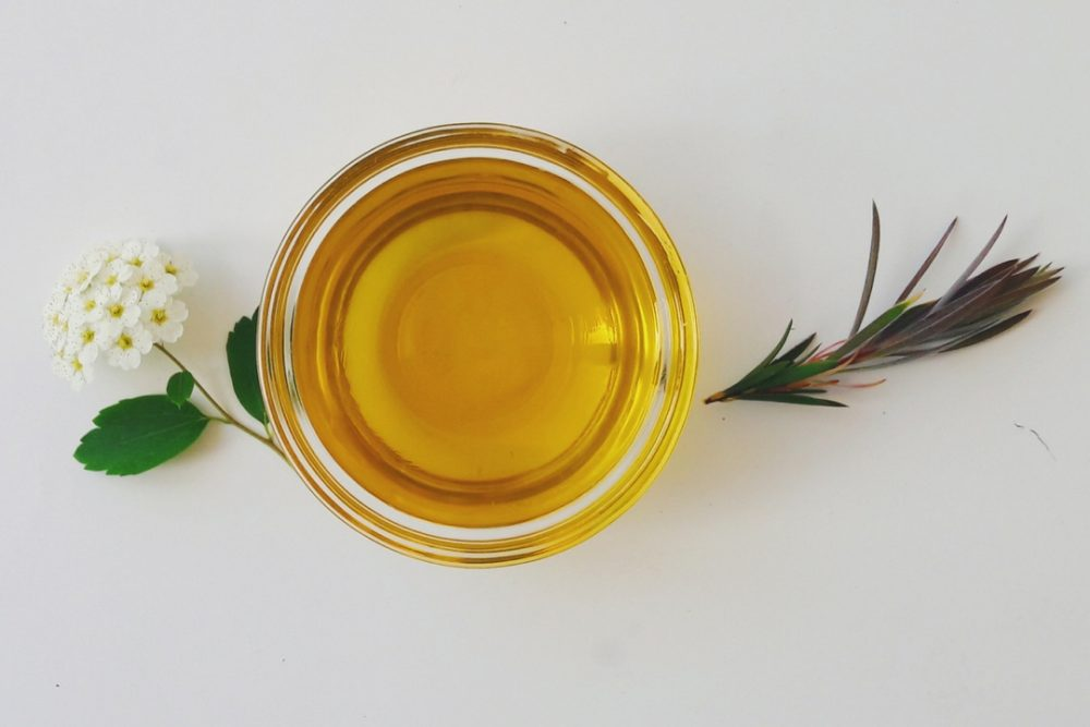 neem oil skin benefits
