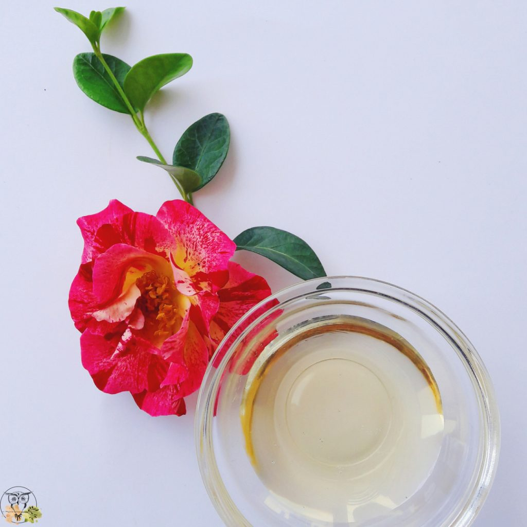 camellia oil benefits for skin
