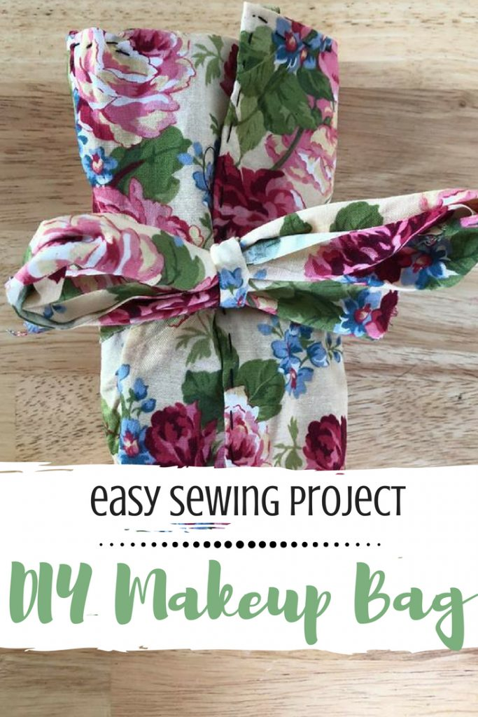 easy sewing project DIY Makeup Bag