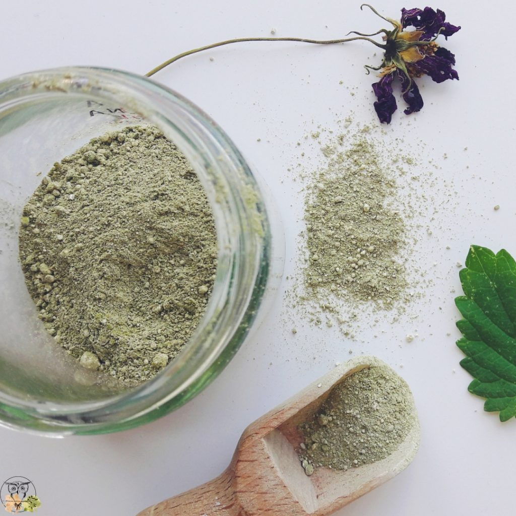 lemon balm bentonite clay face mask diy